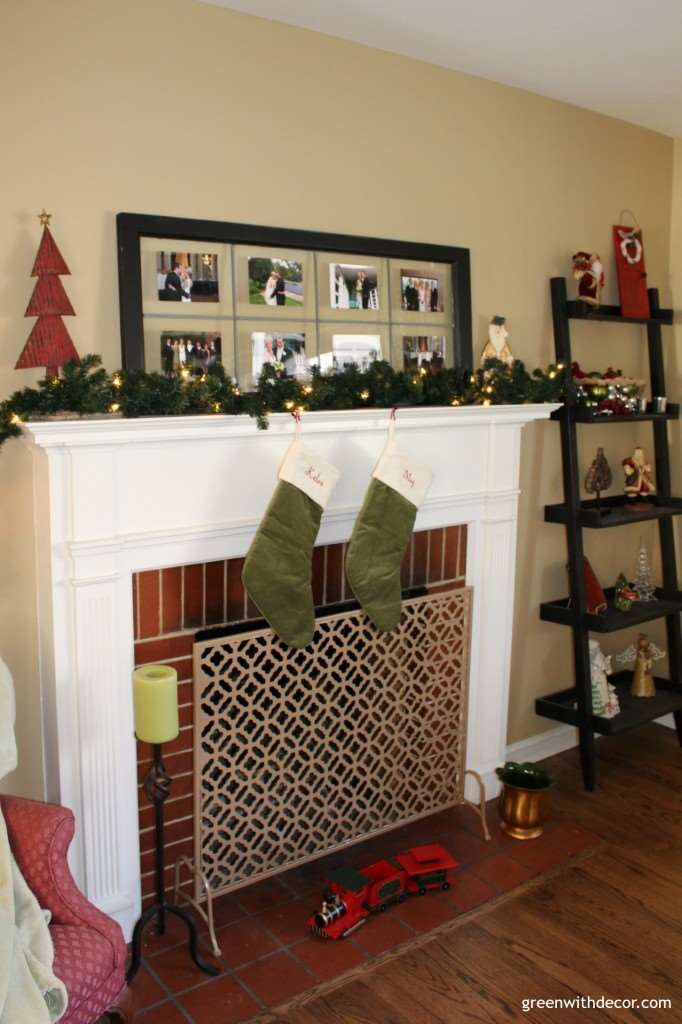 Christmas home tour! So comfy and cozy, I'm loving the way this blogger decorates for Christmas!| Green With Decor
