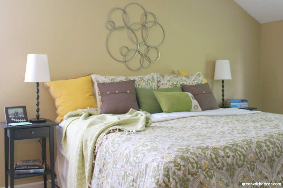 Set up your bedroom to getting a good night's sleep. I'm always focused on decorating the bedroom but she has some easy ideas for making your bedroom an easy place to fall asleep! And I want those comfy pillows she talks about! | Green With Decor