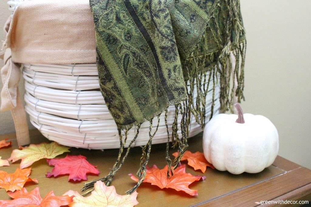 Great affordable fall decorating ideas from 34 bloggers! There are some awesome ideas here that I have to try. I love how they add fall decor without losing the everyday look of their homes.