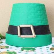 St. Patrick's Day DIY: A decorative leprechaun hat
