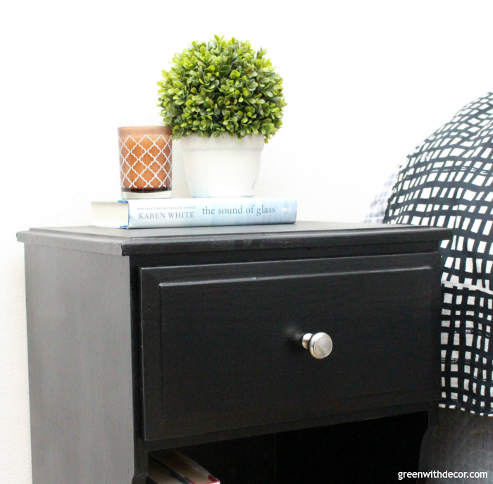 How to spray paint a nightstand
